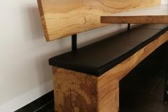 Tisch und Bank aus Kernbuche - Detail Bank aus gestockter Kernbuche