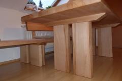 Tischbeine aus Holz