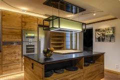 Massivholzküche mit Berbel Skyline Abzugshaube